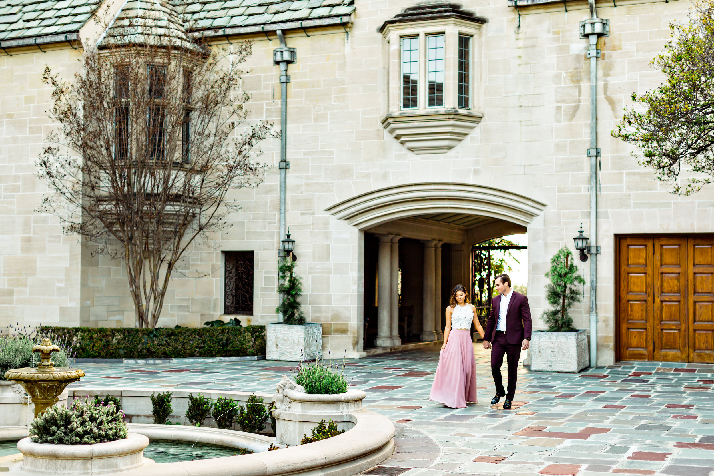greystone_mansion_engagement_photo-0001-3.jpg