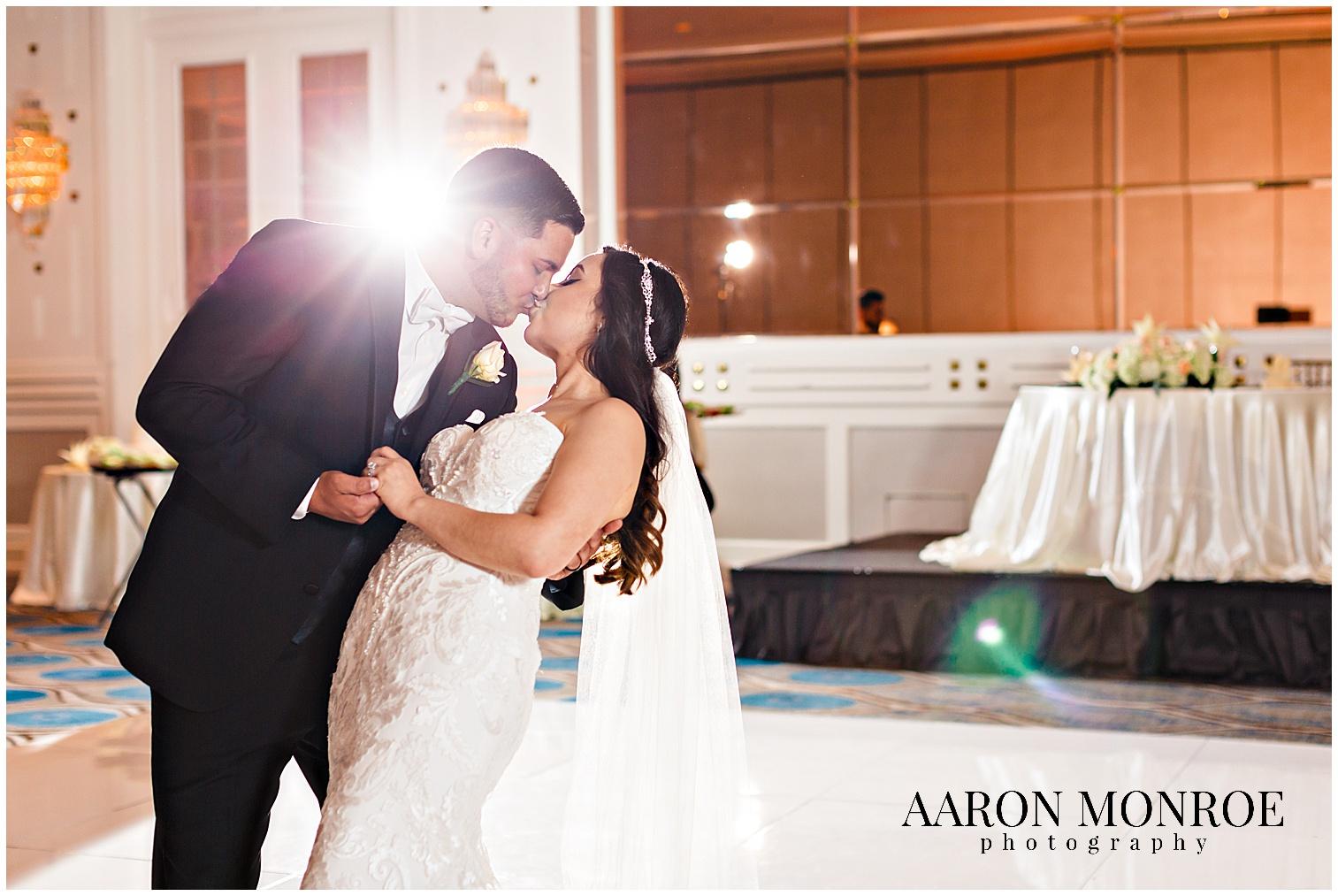 sheraton_universal_wedding_photo_1400.jpg