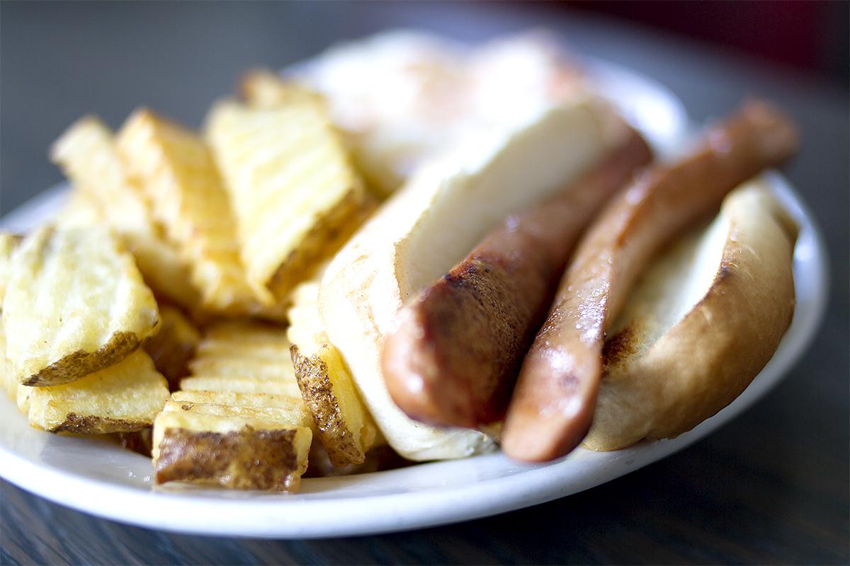 Hummel Hot Dog Platter