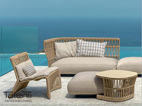 CLIFF - An ideal blend of unusual material matching and the endless pursuit of new ways of expression, Cliff collection is a synonym of great versatility. The details, made with woven nautical ropes and fabrics with geometrical patterns, convey a sense of playfulness with a super glamour touch. The chromatic shades combined with the modularity of the structures allow various shape combinations.
