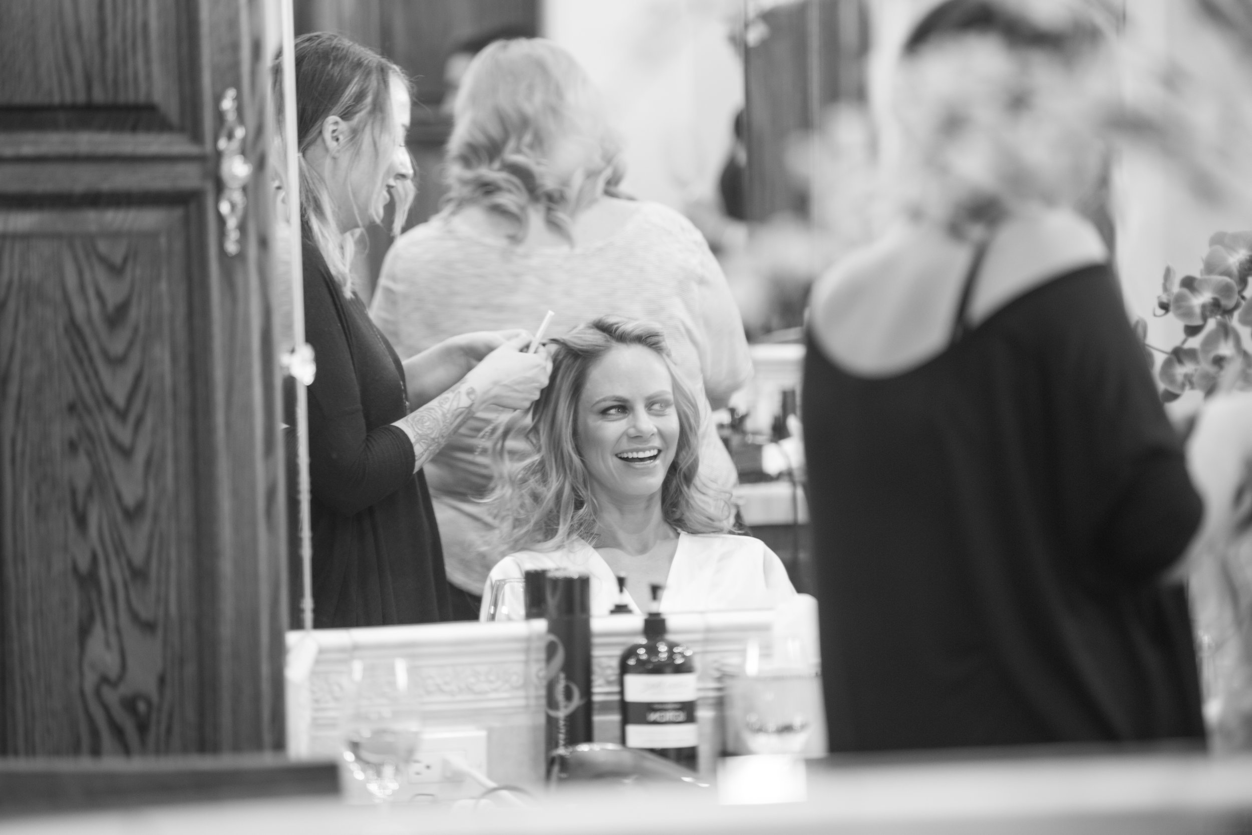 Ursula and Phil - Getting ready-10.jpg