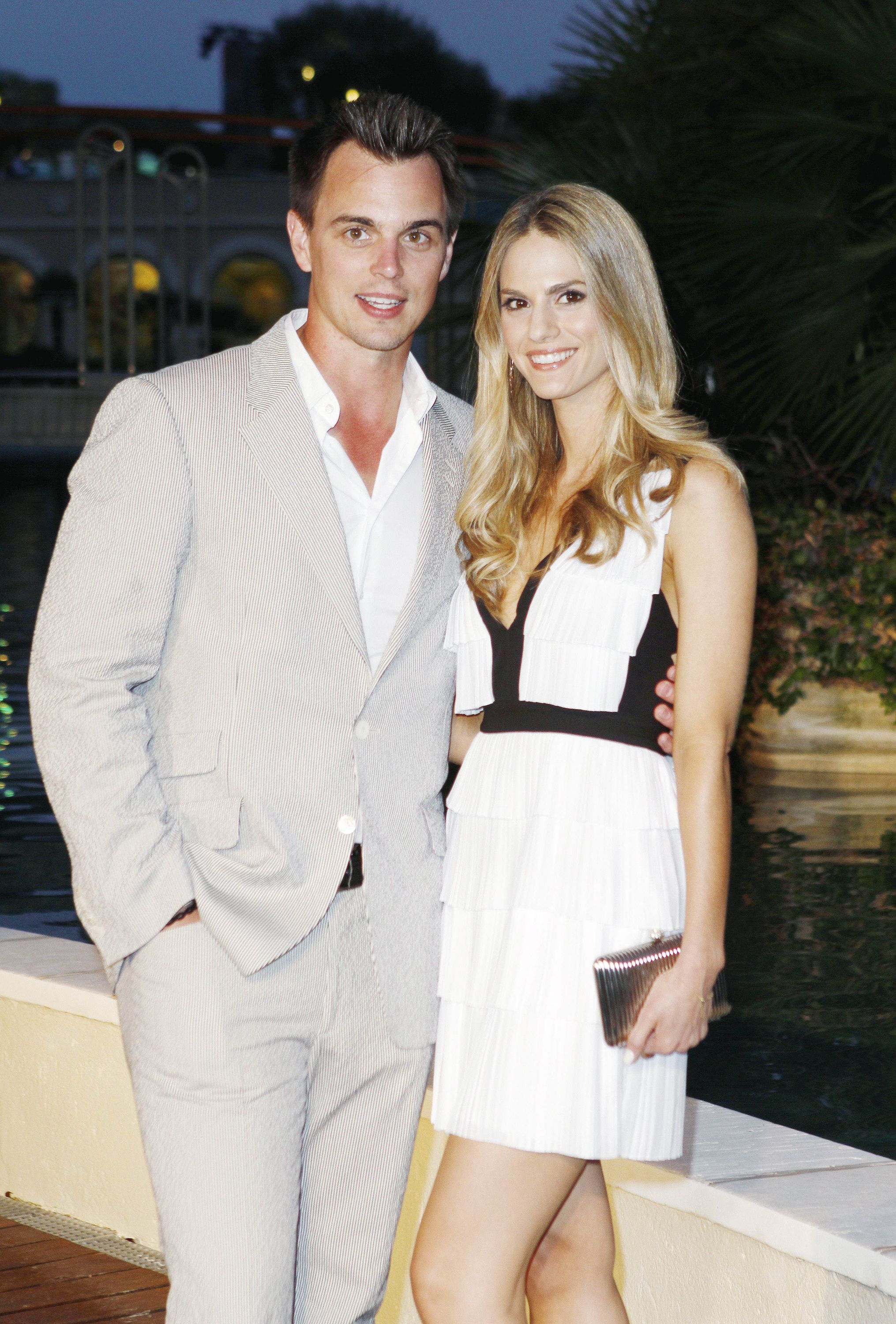 Kelly Kruger  (ex-Mac, Y&R), real-life fiancée of Darin Brooks  (Wyatt, B&B), who is set to appear on B&B as a publicist named Eva on August 8, has launched a beauty and lifestyle blog. The actress shares her favorite products, DIY projects, as well as photos of her and Brooks. Check it out at http://madisoncharles.com.