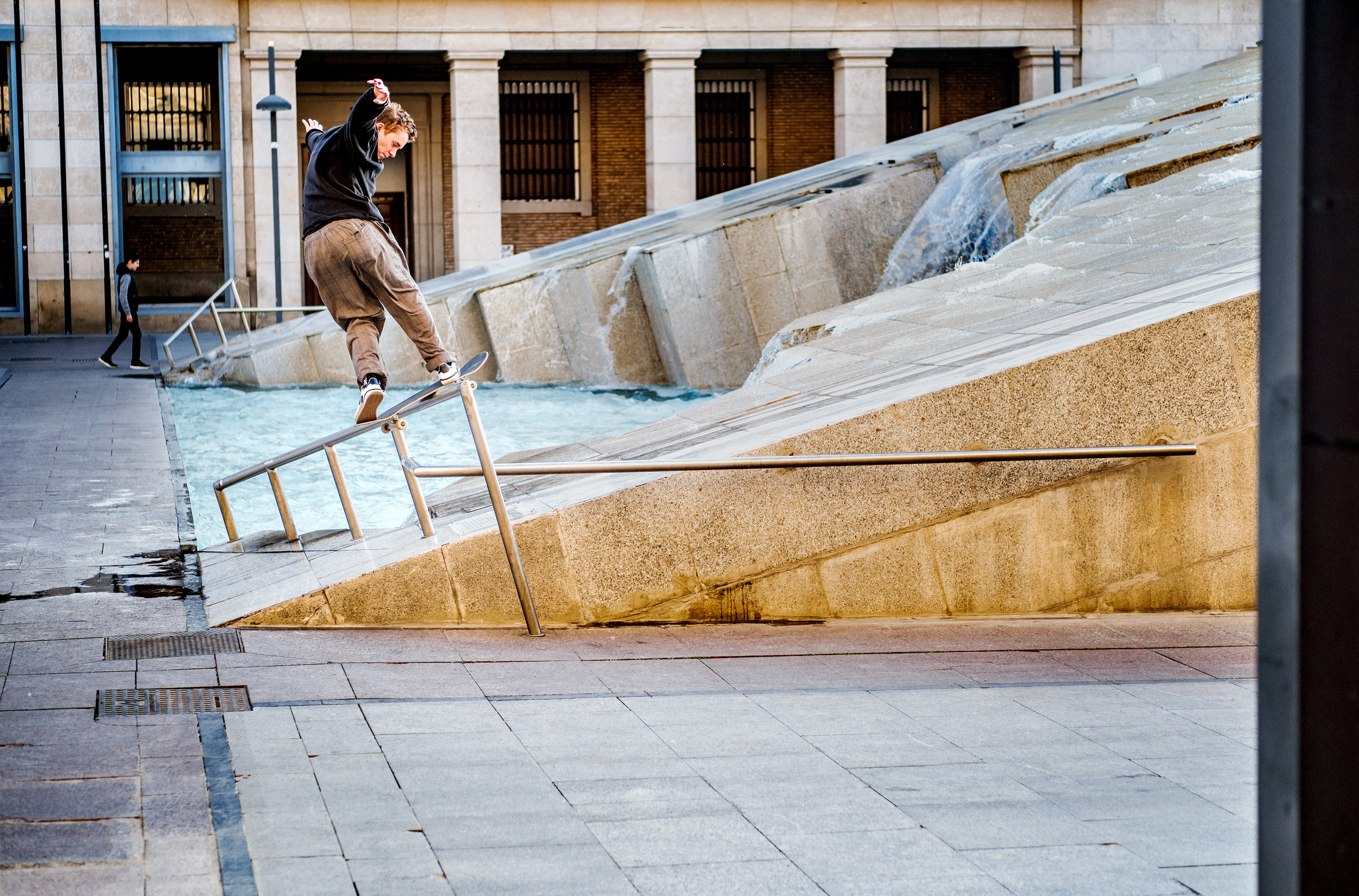 skatedeluxe & adidas Skateboarding | Zaragoza 3ST.004