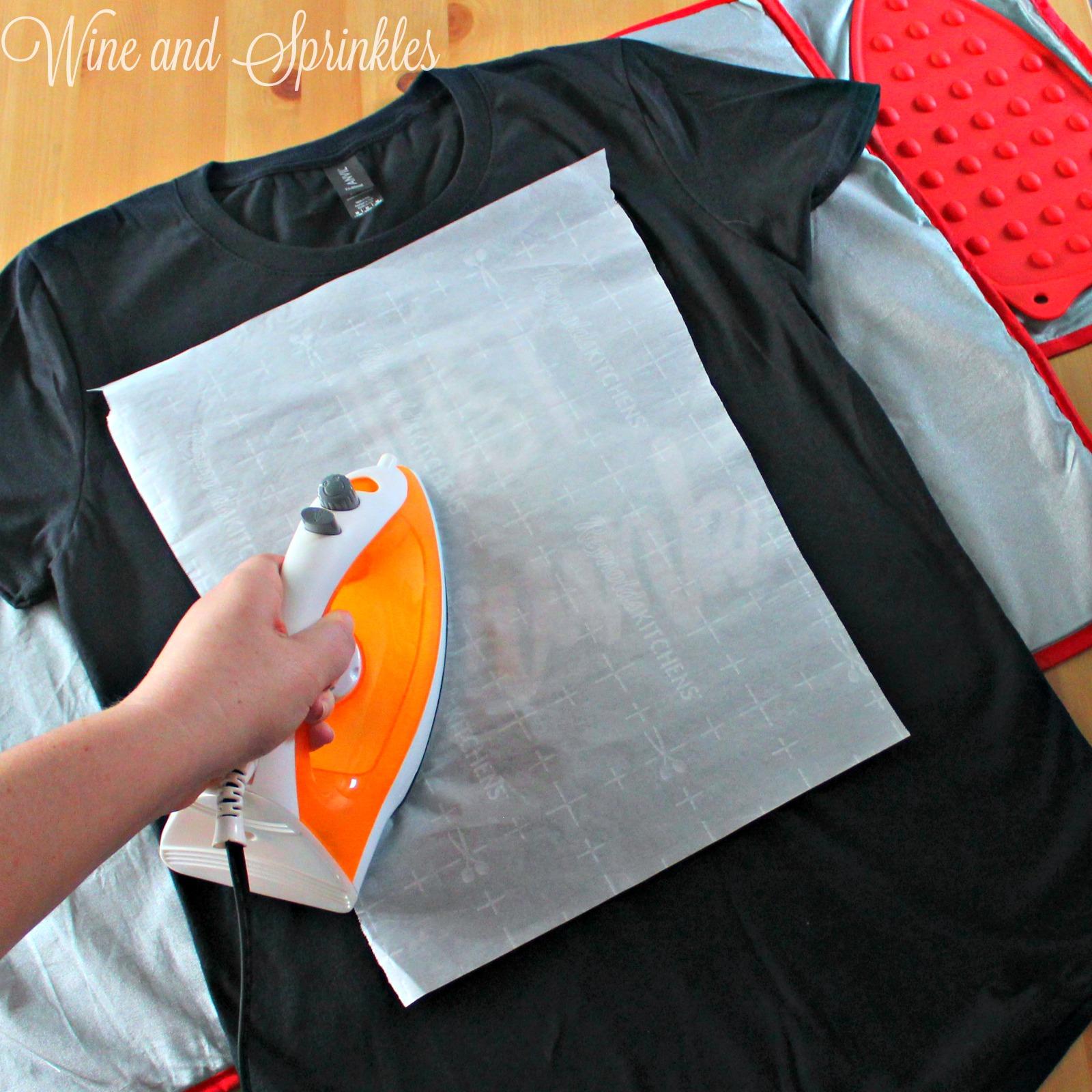 DIY Iron On HTV Bachelorette Drunk in Love - Just Drunk T-Shirts #bachelorette #svgfiles #cricutprojects