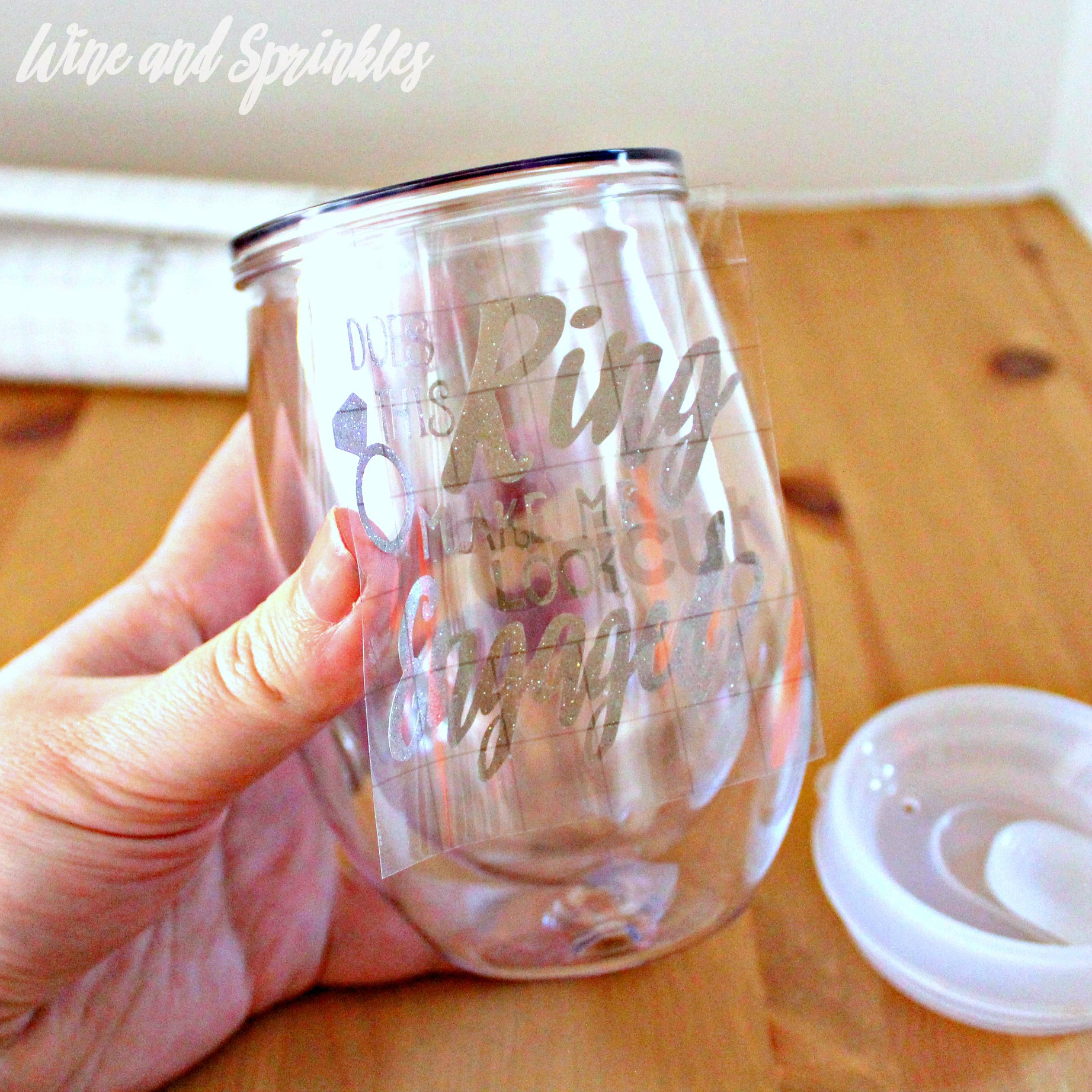 """DIY """"Does this Ring Make me Look Engaged?"""" Stemless Wine Glass Tumblers #svgfiles #diywedding #tumblers"""