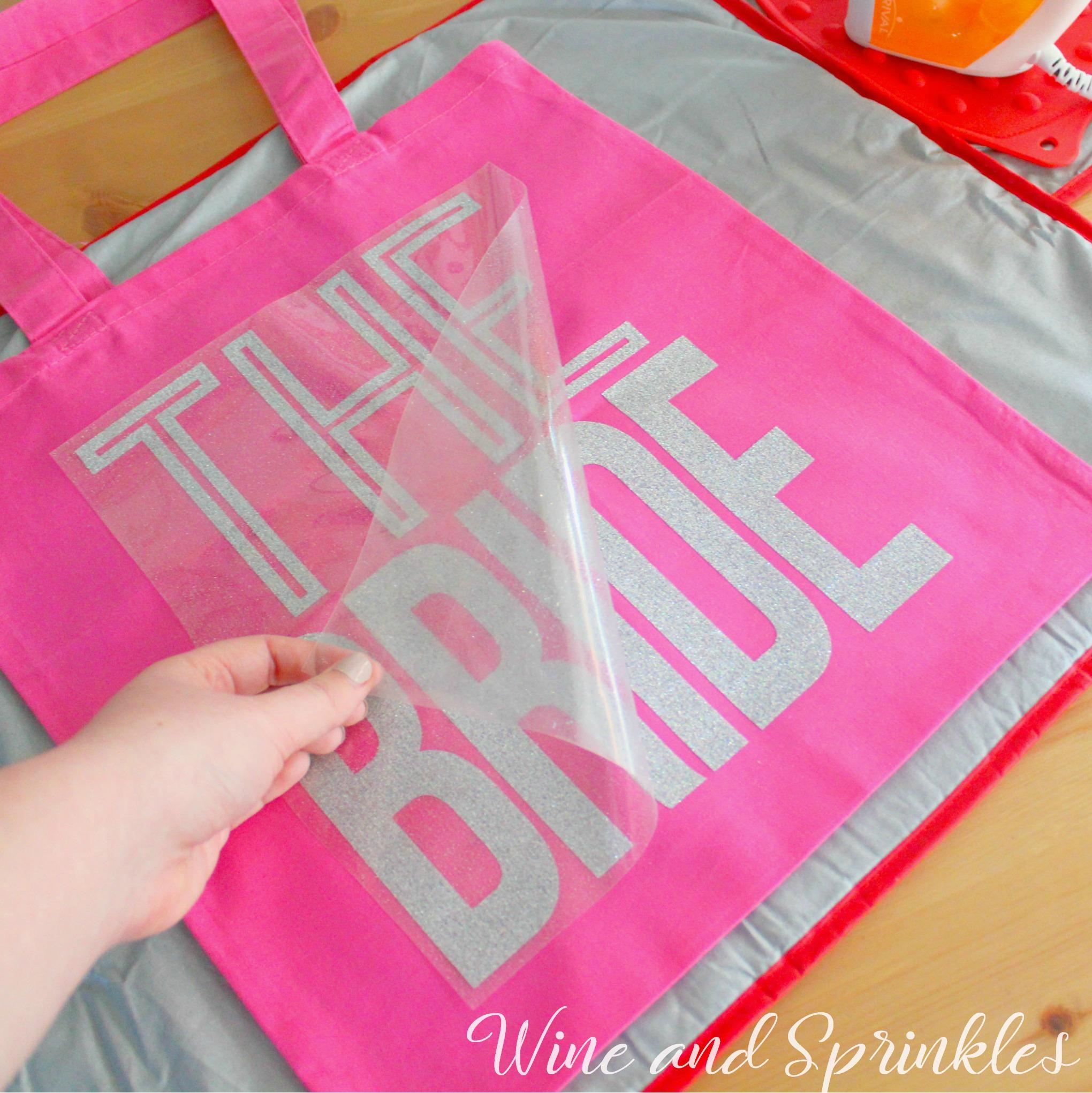 Bride Squad DIY HTV Iron On Bachelorette Tote Bags #bridesquad #bachelorette #htvvinyl