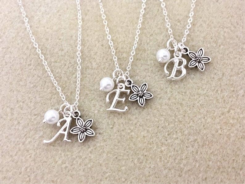 Flower Girl, Ring Bearer and Child Attendant Gifts Under $15 #flowergirl #ringbearer #bridalpartygifts