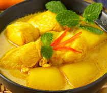 29_8235_YELLOW_CURRY_WITH_POTATO.png