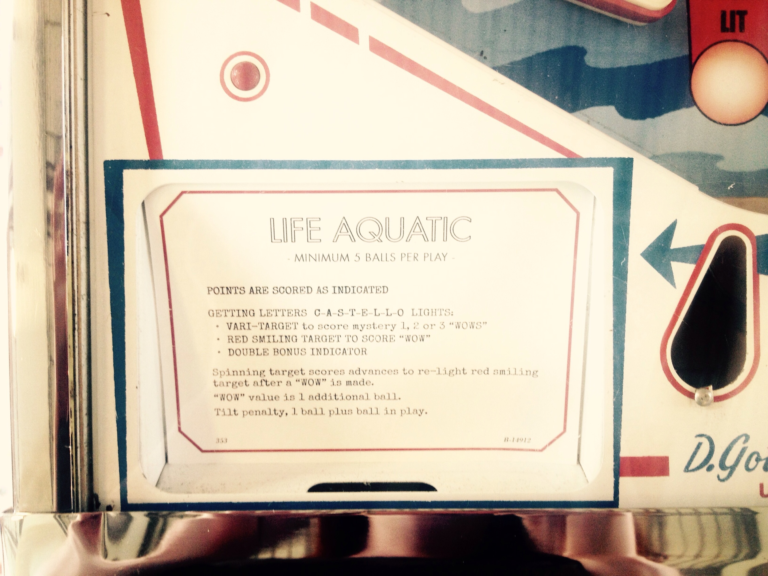 Life Aquatic pinball machine.