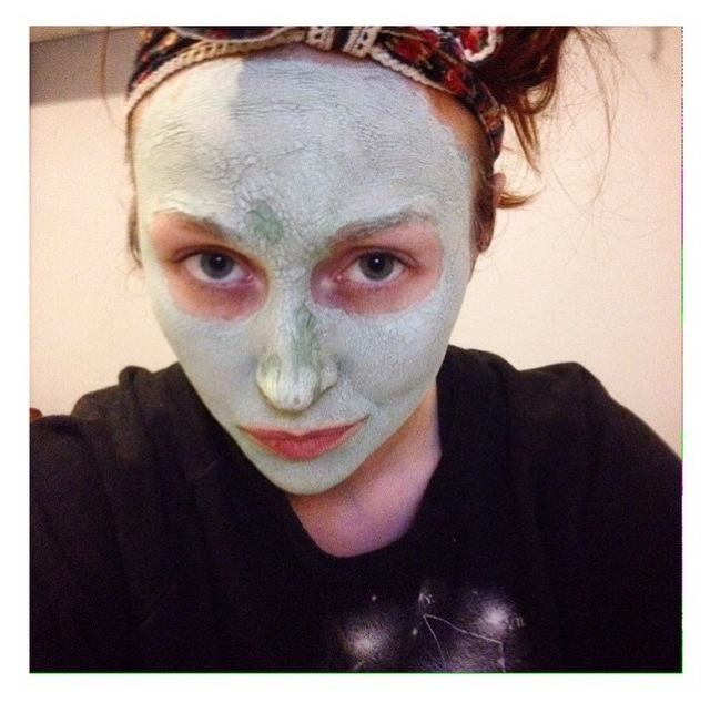 January with Rí na Mara face mask