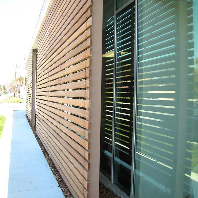 SparanoMooneyArchitecture_DowneyDentalGroup_WoodCladdingandWindowDetail(R).jpg