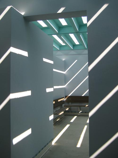 SparanoMooneyArchitecture_AquaticCenters_MonaPool_InteriorShot.jpg