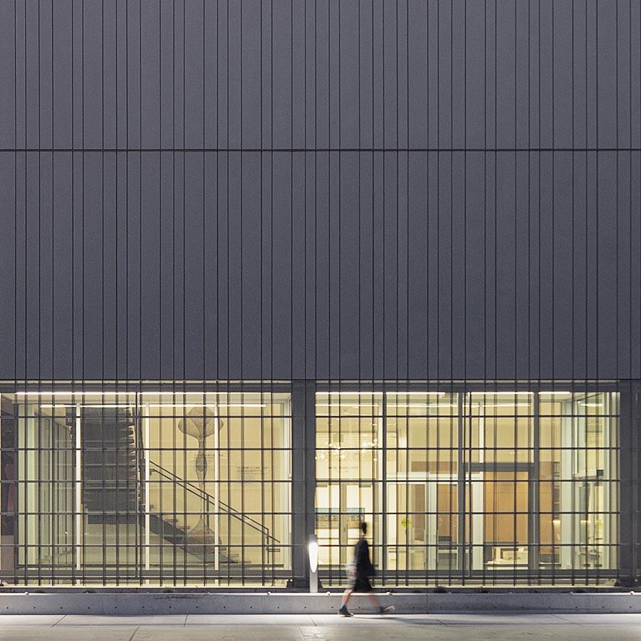 SparanoMooneyArchitecture_NEHMA_West Plaza Night-HD-(L).jpg