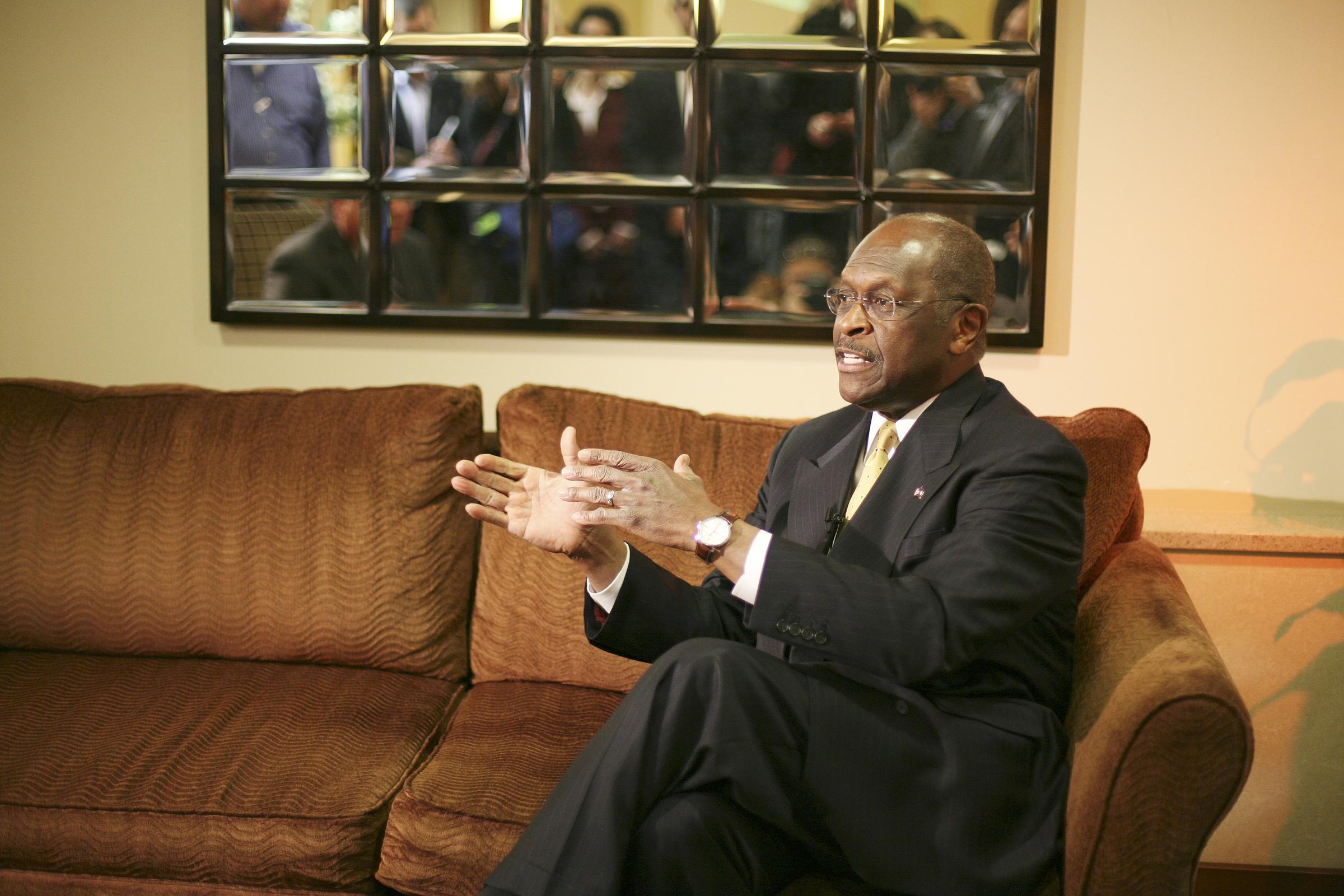 Herman Cain 11-17-11 18 USM.jpg