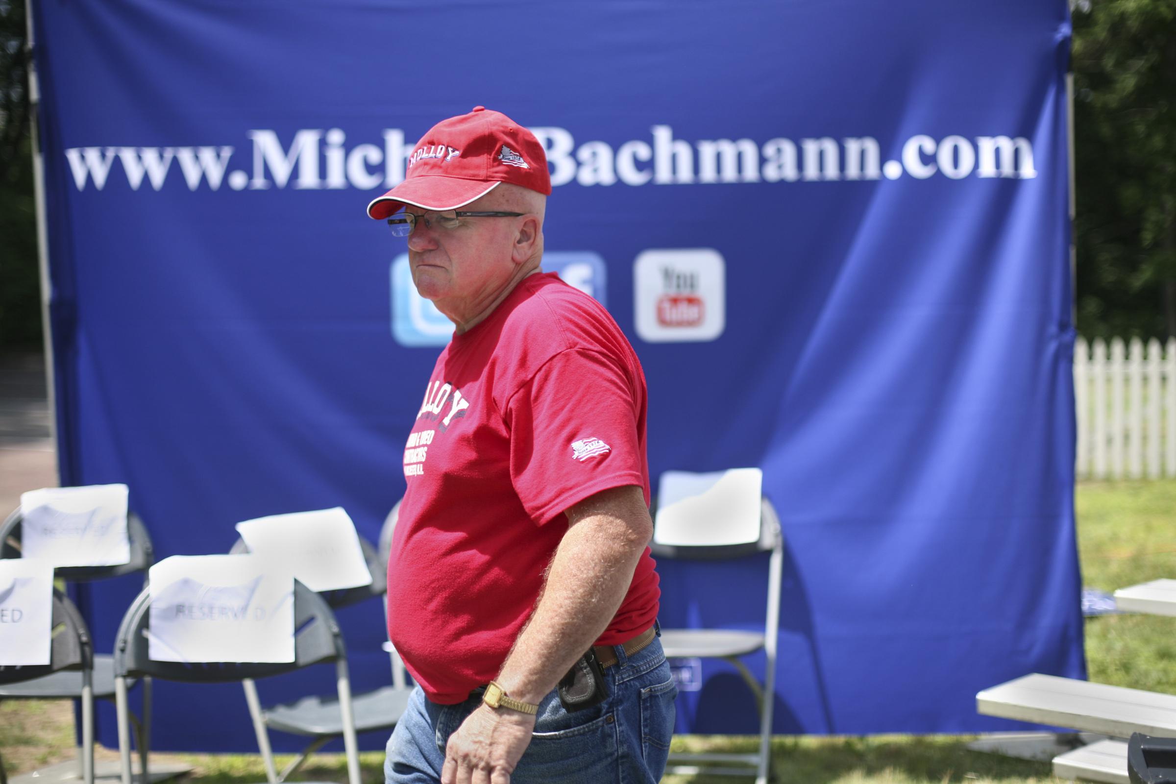 Bachmann 06-28-2011 008 NoUSM.jpg