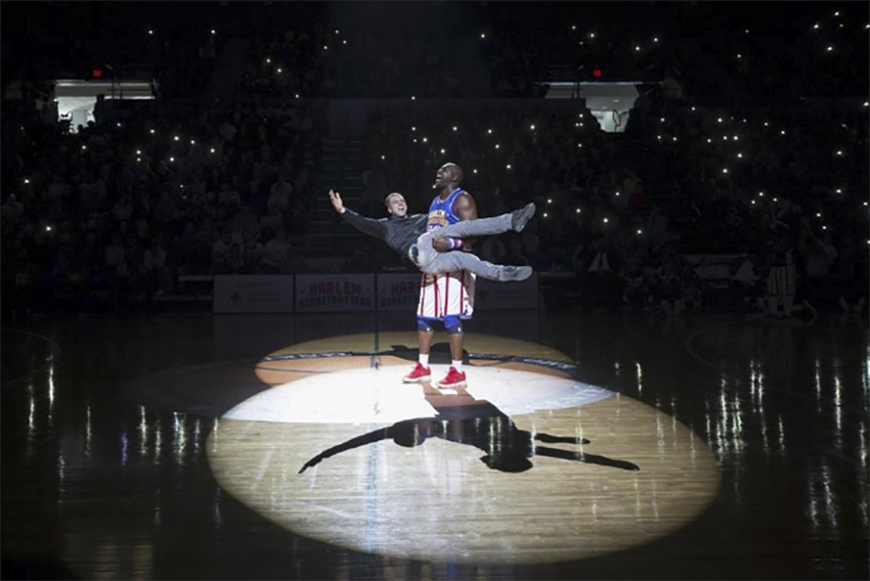 The Harlem Globetrotters play against the Washington Generals at the BMO Harris Bank Center on Saturday, Dec. 30, 2017, in Rockford. [Scott P. Yates/rrstar.com staff]
