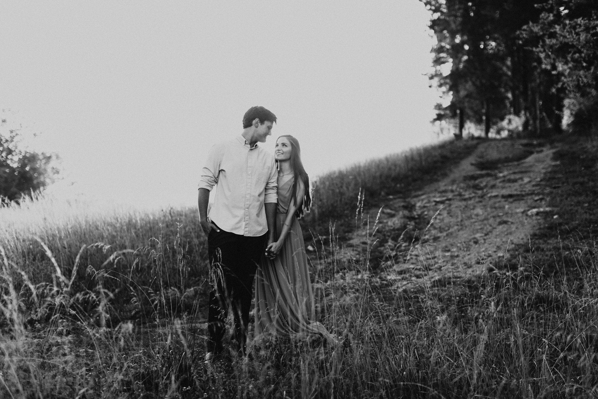 NashvilleTennessee_EngagementPhotos_Sunset_Summer_Adventure-2145.jpg