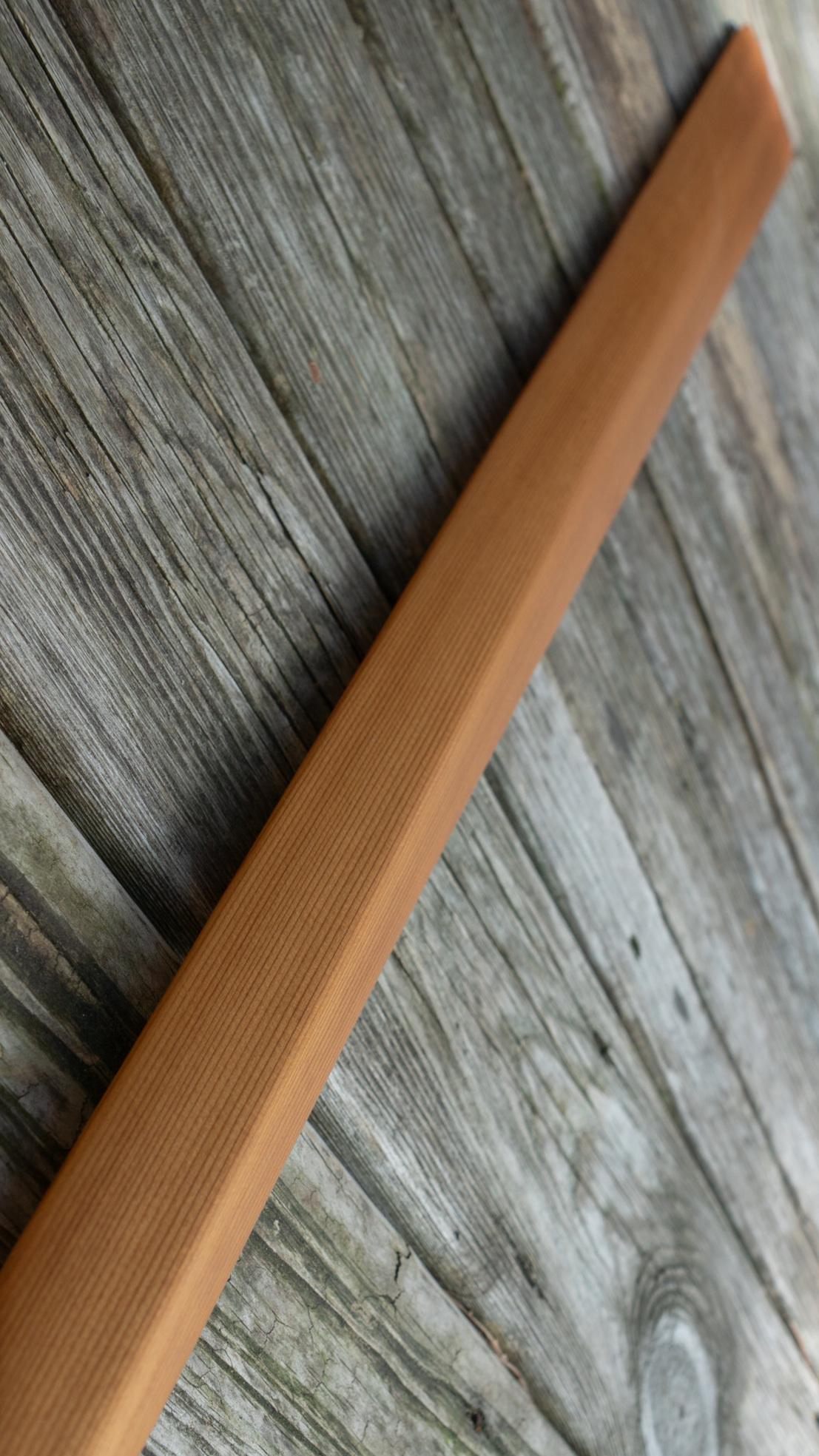 "Length 85"" | Loom 22"" | Blade Width 3 3/8""  Cedar | Oil Finish"
