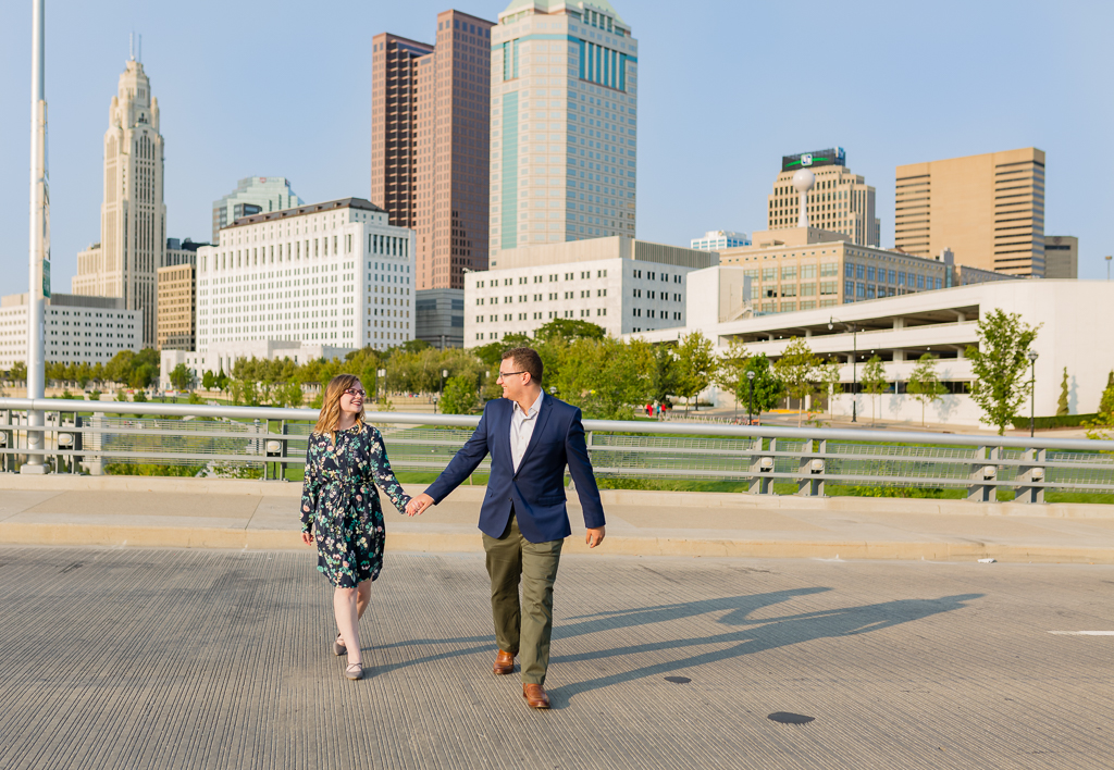 Engagment-session-Scioto-Mile-Riverwalk 1.jpg