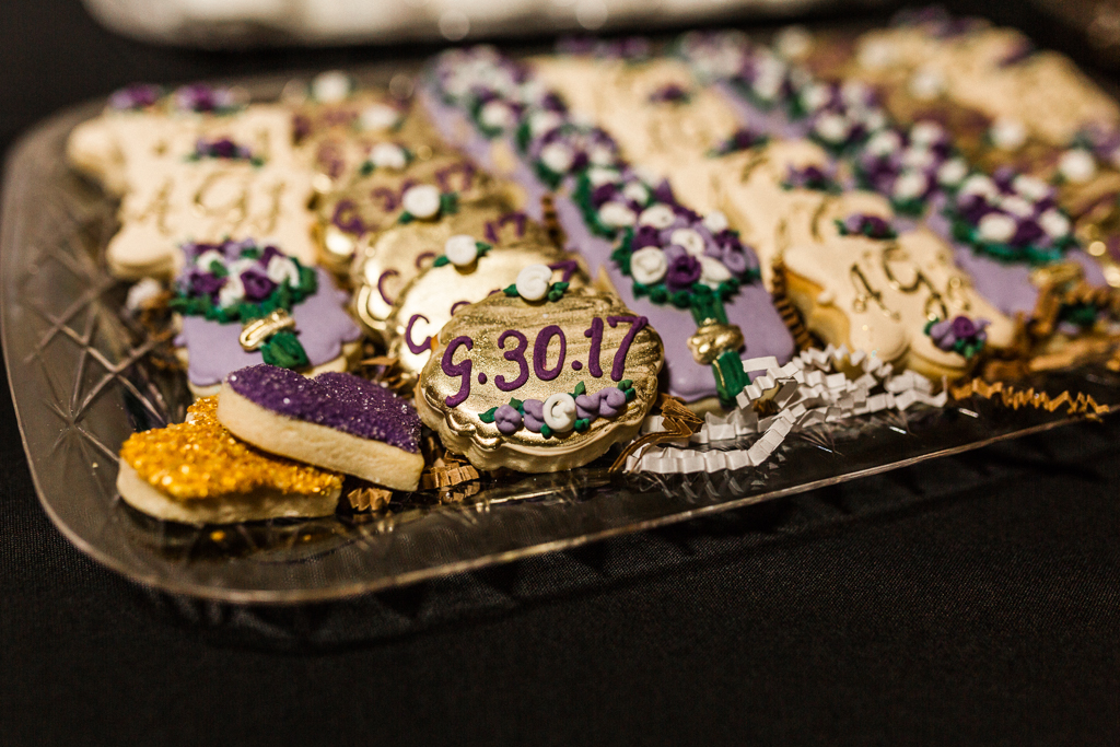 galmorous-details-curated-handcrafted-gold-cookies-with-wedding-date-nationwide-hotel-wedding-columbus-ohio3.jpg