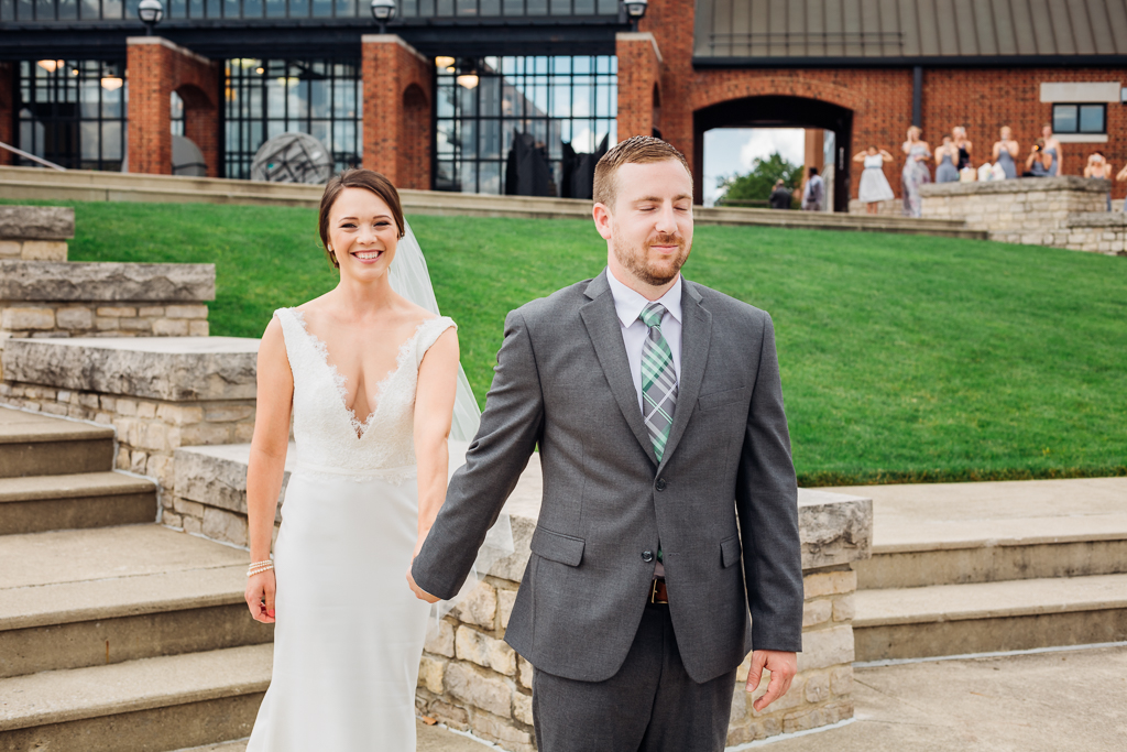first-look--northbank-park-columbus-ohio-wedding-photography-ce-moment-photography5.jpg