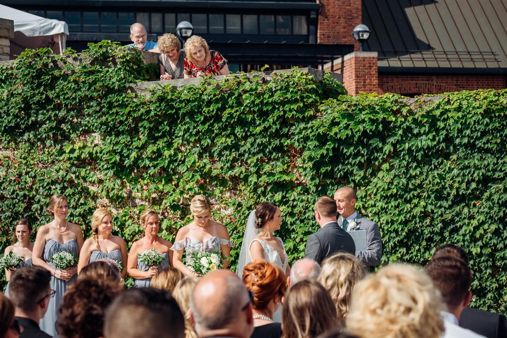 outdoor-summer-wedding-northbank-park-columbus-ohio-wedding-photography-ce-moment-photography3.jpg