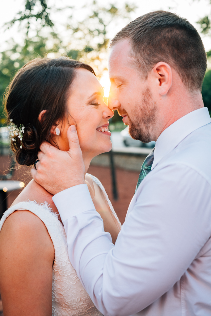 sunset-portrait-bride-groom-summer-wedding-Northbank-park-pavilion-columbus-ohio-wedding-photographer3.jpg