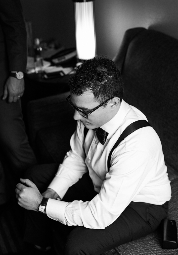 Bride-groom-winter-wedding-watersedge-getting-ready-homewood-suites-columbus-ohio-wedding-photographer6.jpg