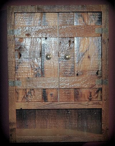 batton-door-barnwood-toilet-cabinet.jpg