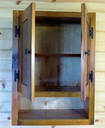 rustic-barnwood-toilet-cabinet-40002.jpg