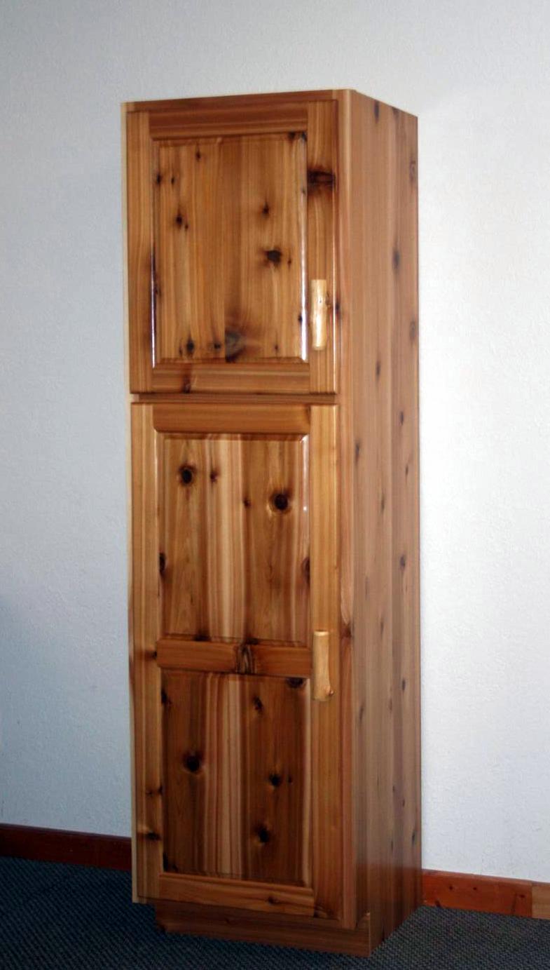 log-linen-cabinet-2000002.jpg