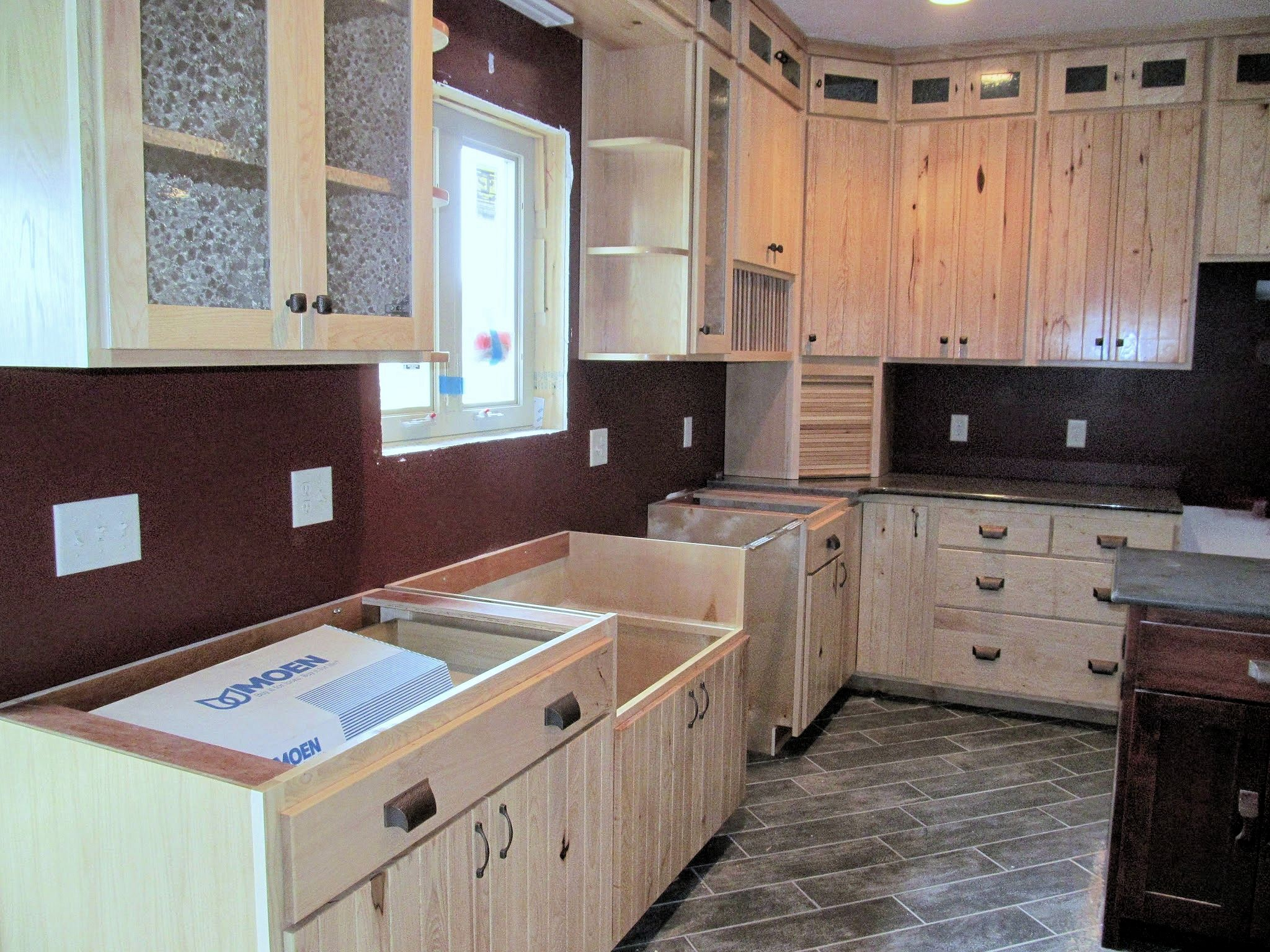 white-hickory-kitchen-cabinets-5.jpg