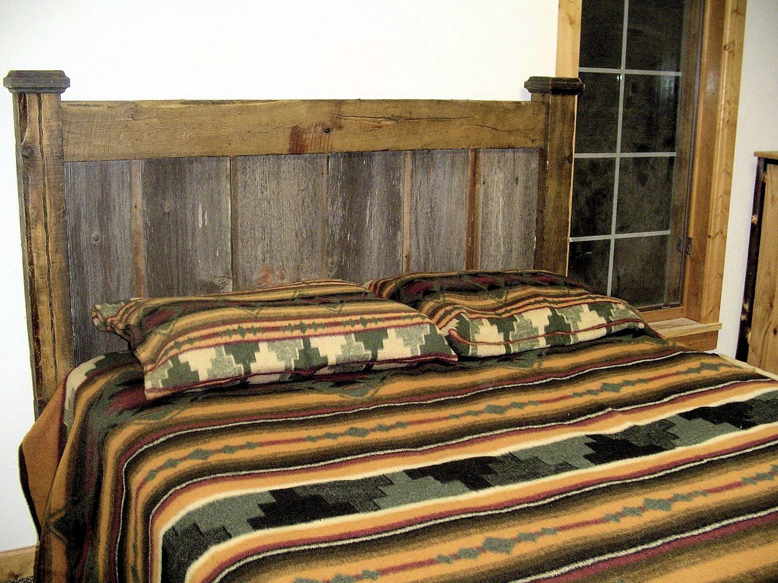 Barnwood-bed-two-tone-headboard.jpg
