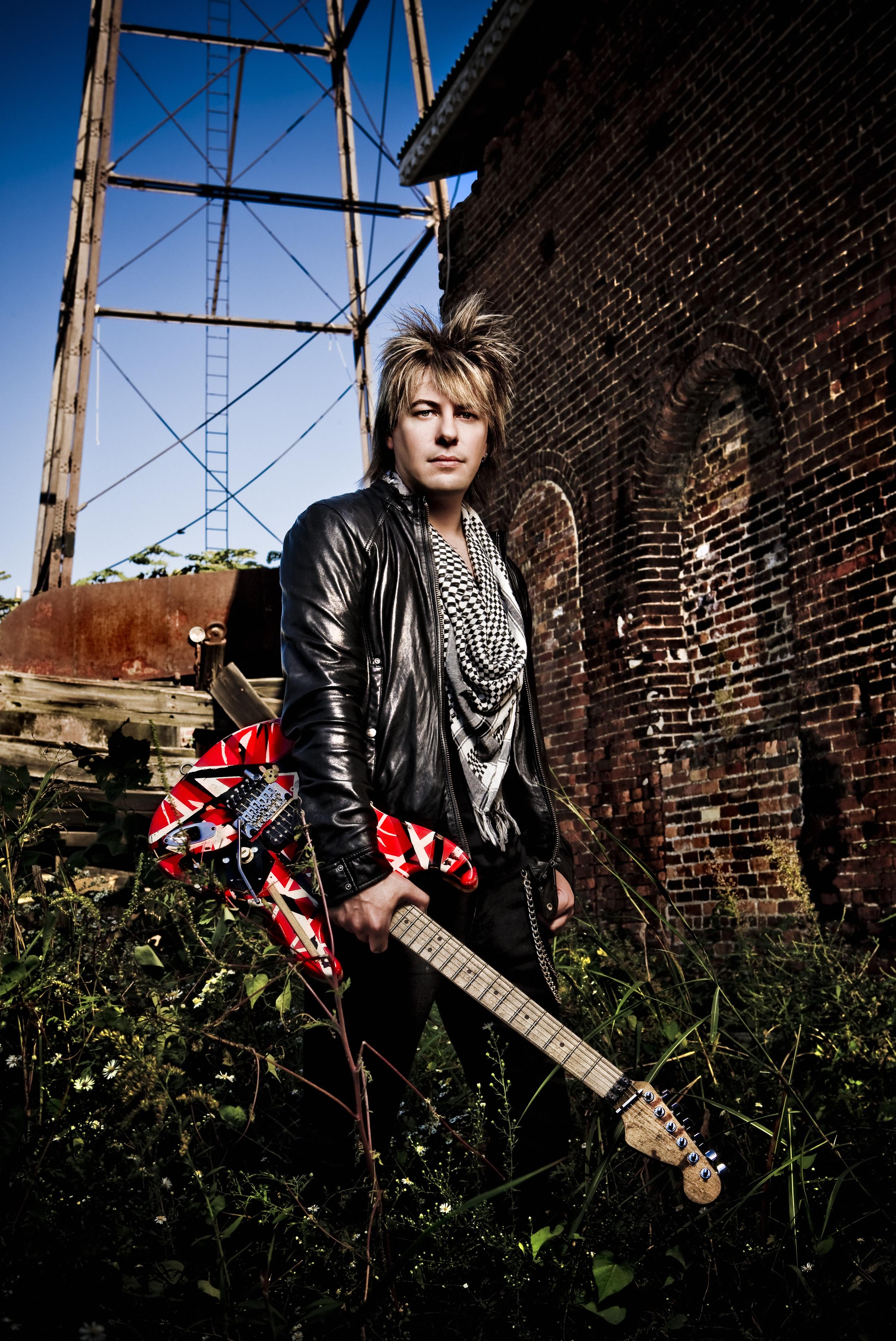 Paul Sidoti 120 Copyright 2010 Ash Newell Photography.jpg