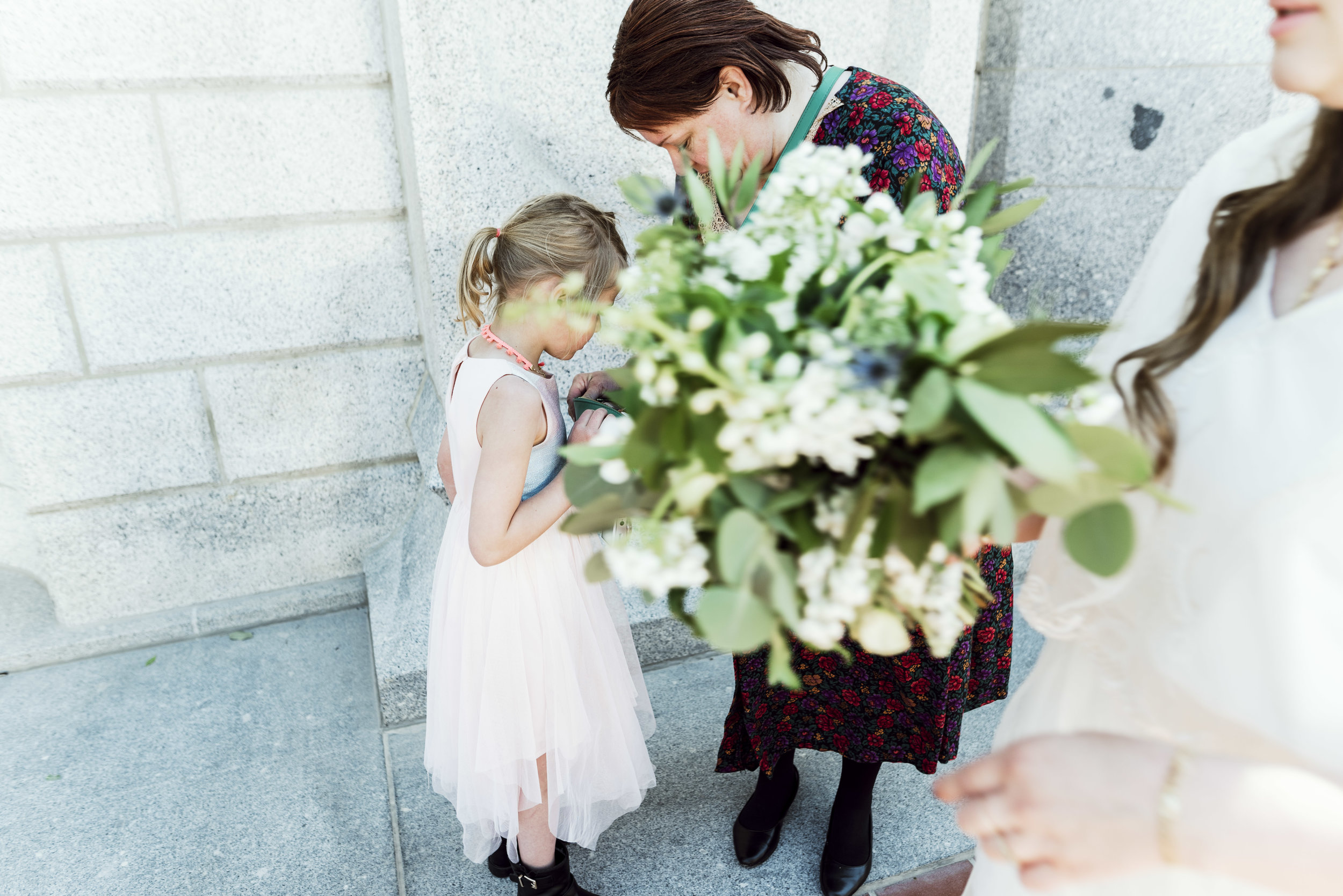 salt lake temple wedding_alyssa sorenson-28.jpg