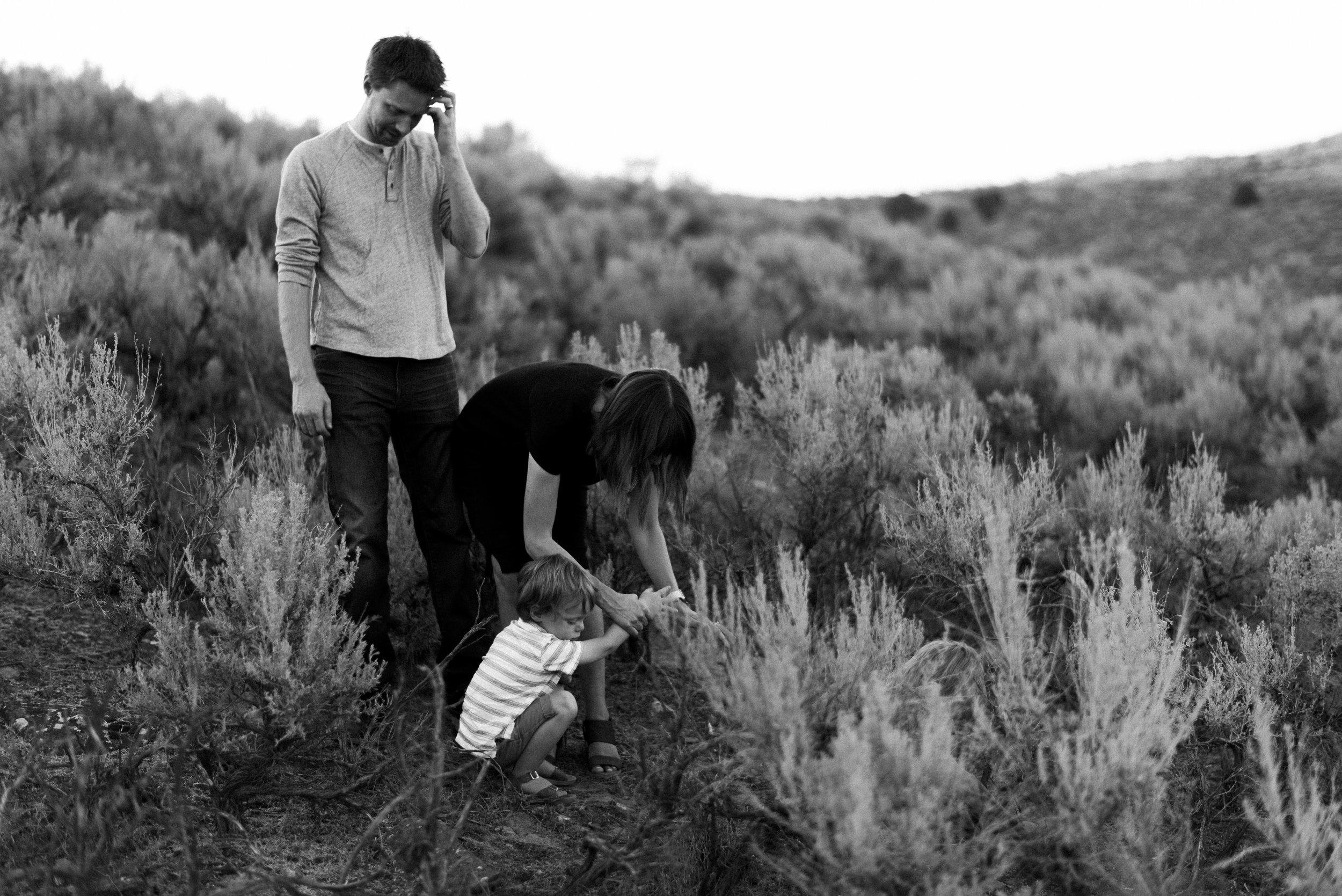desert family photos utah alyssa sorenson-36.jpg