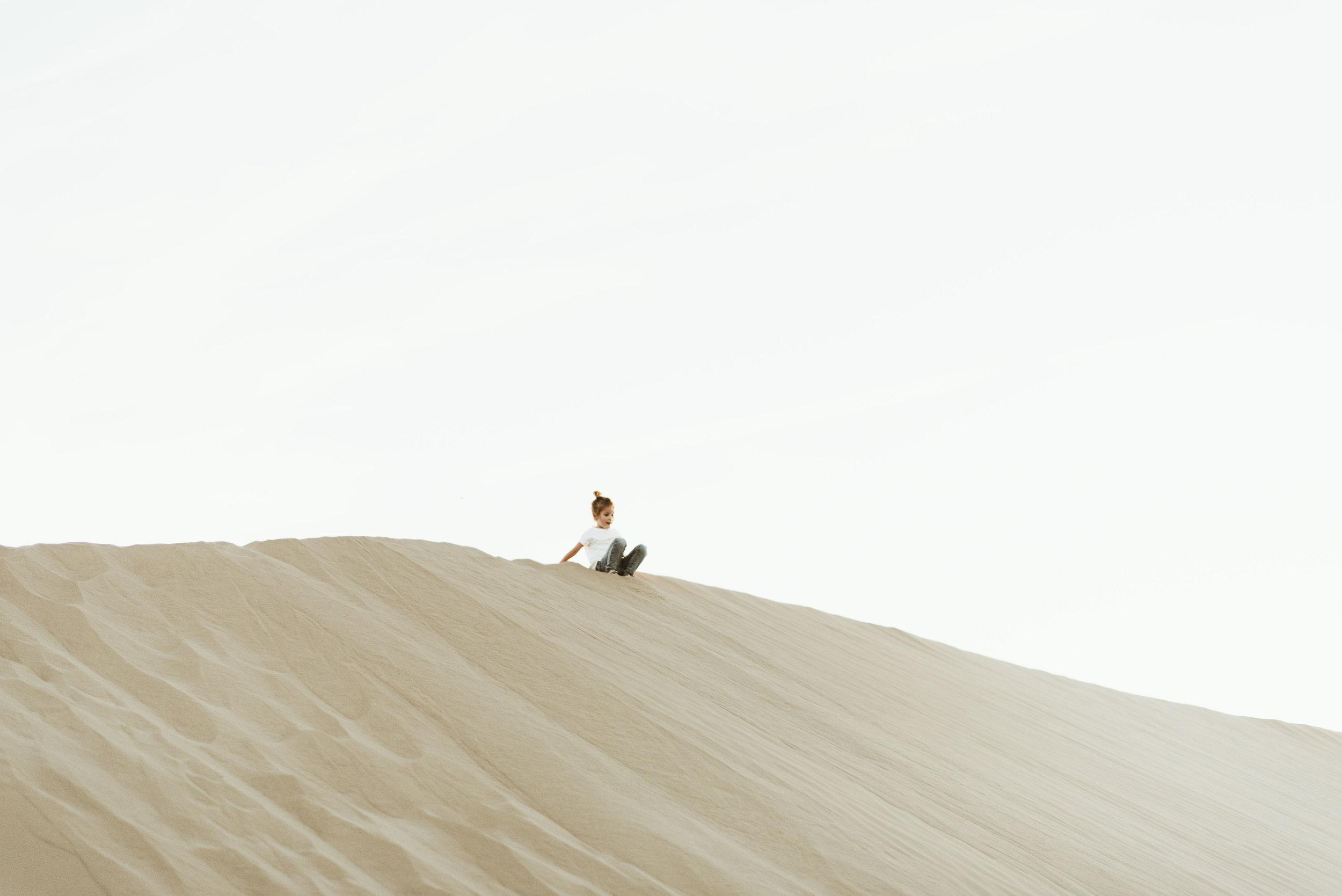 alyssa sorenson sand dunes family-137.jpg