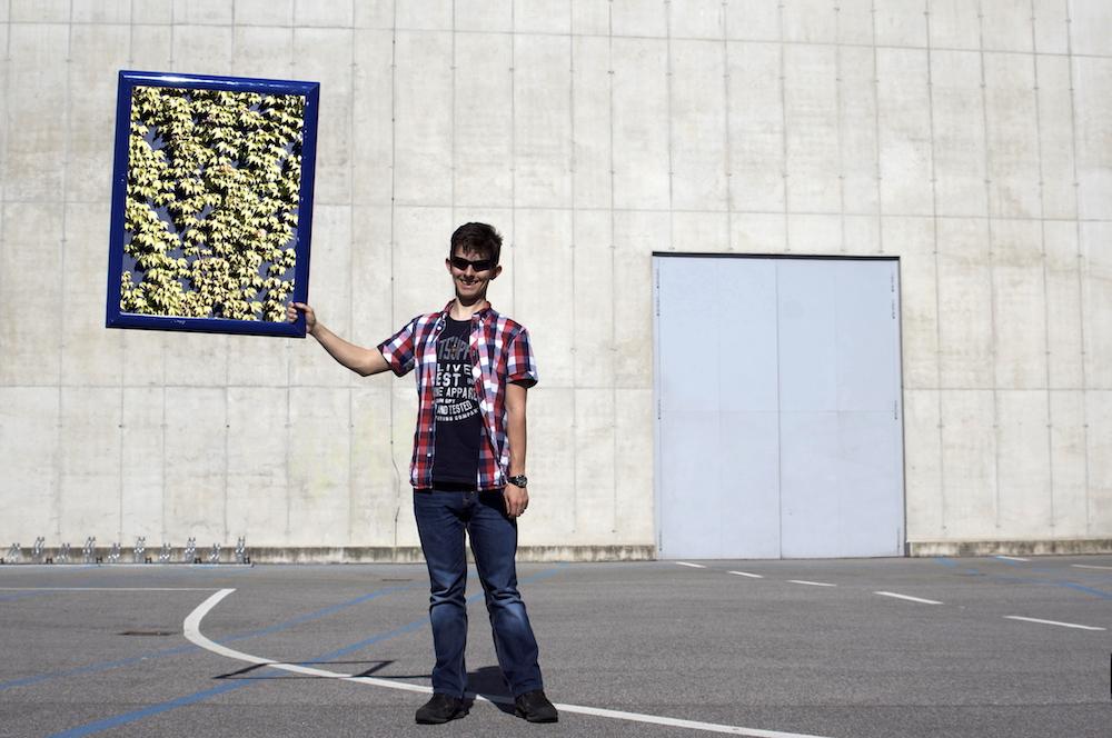 Fassadenbegrünung Messe_UmweltZirkus copy.JPG