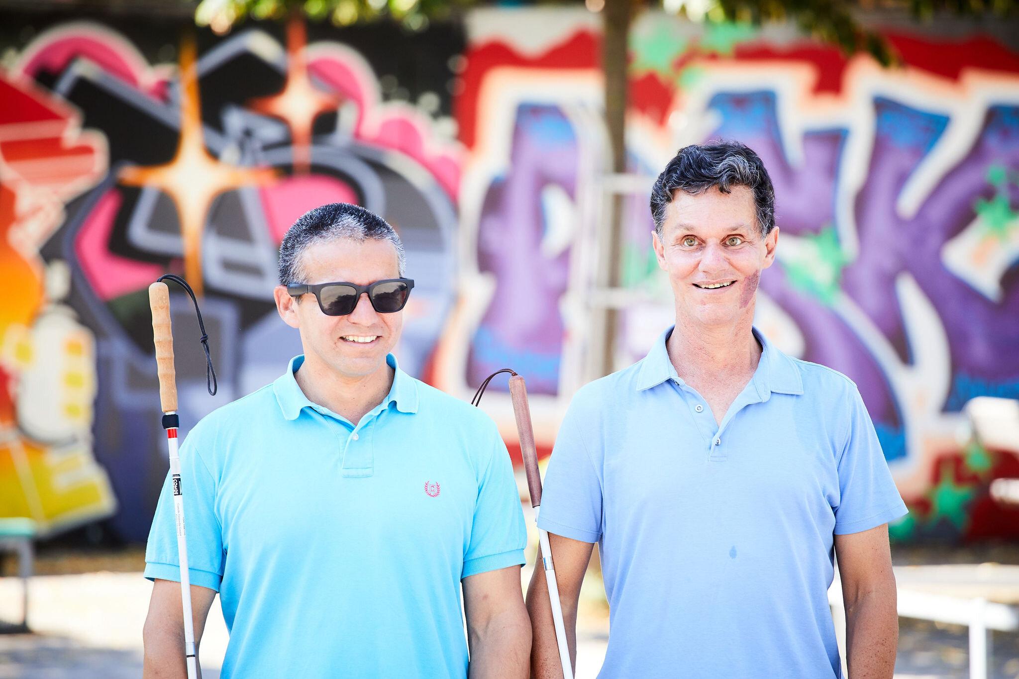 Visioneers Trainer, Juan Ruiz (links) und Visioneers Gründer, Daniel Kish (rechts) lösen Mythen auf! Foto:  Rupert Pessl