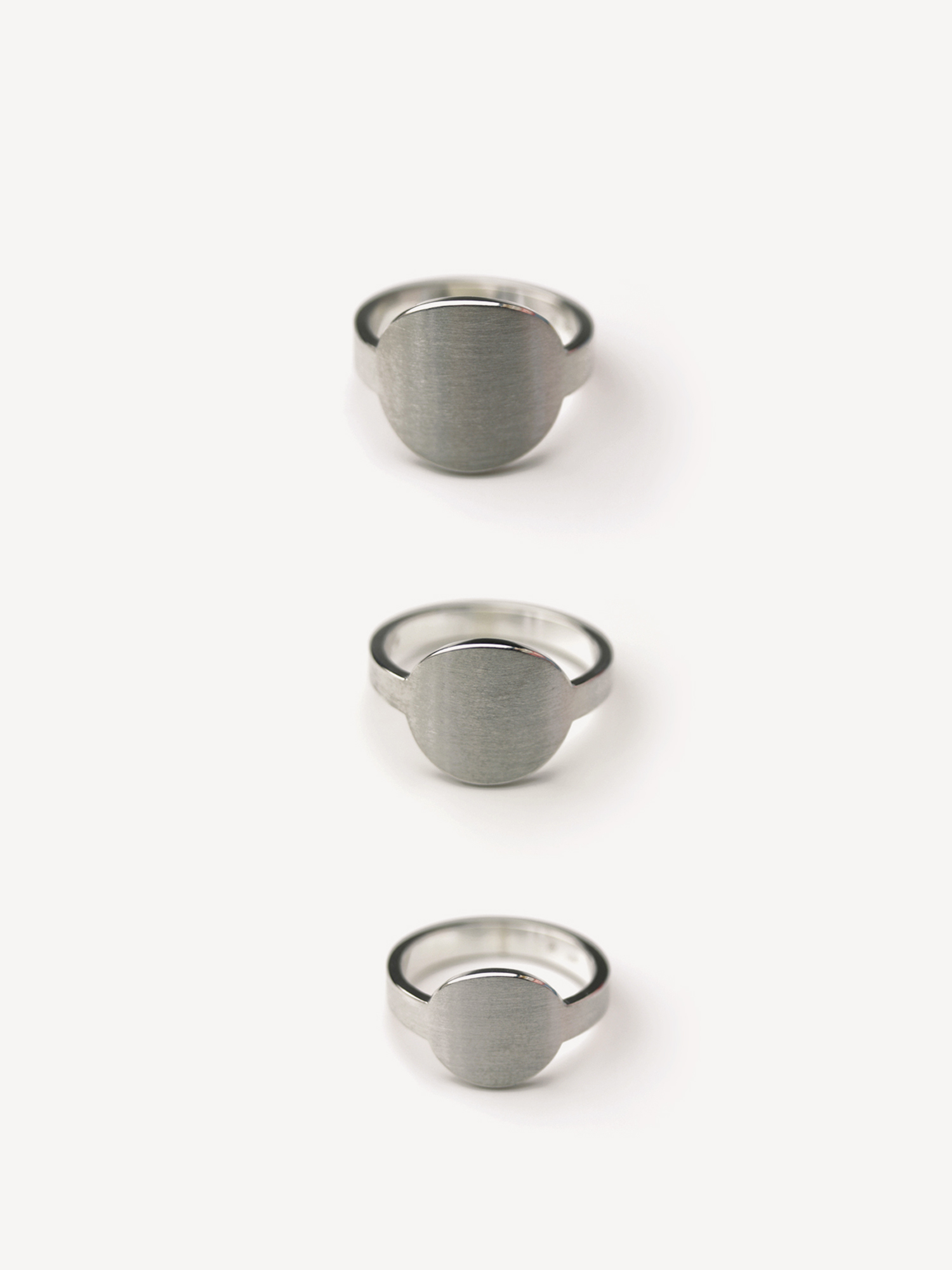 Übersicht Siegelringe Anda in rund in 925 Silber  Overview signet rings Anda, round in sterling silver