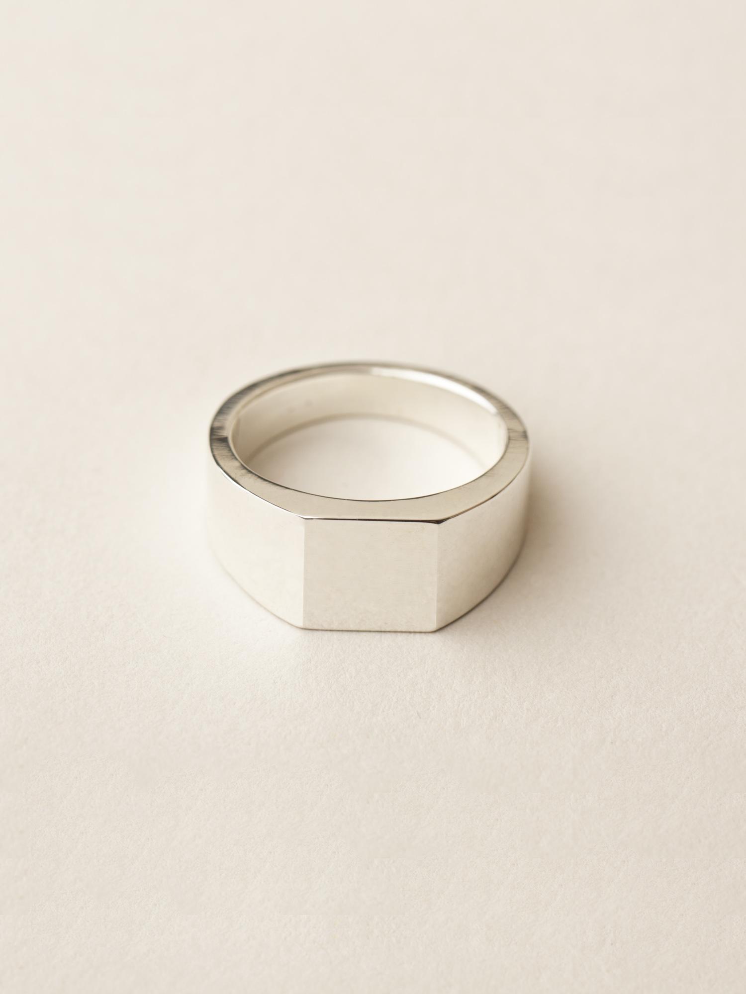 Siegelring Minima, groß quadratisch in 925 Silber Signet ring Minima, big square in sterling silver