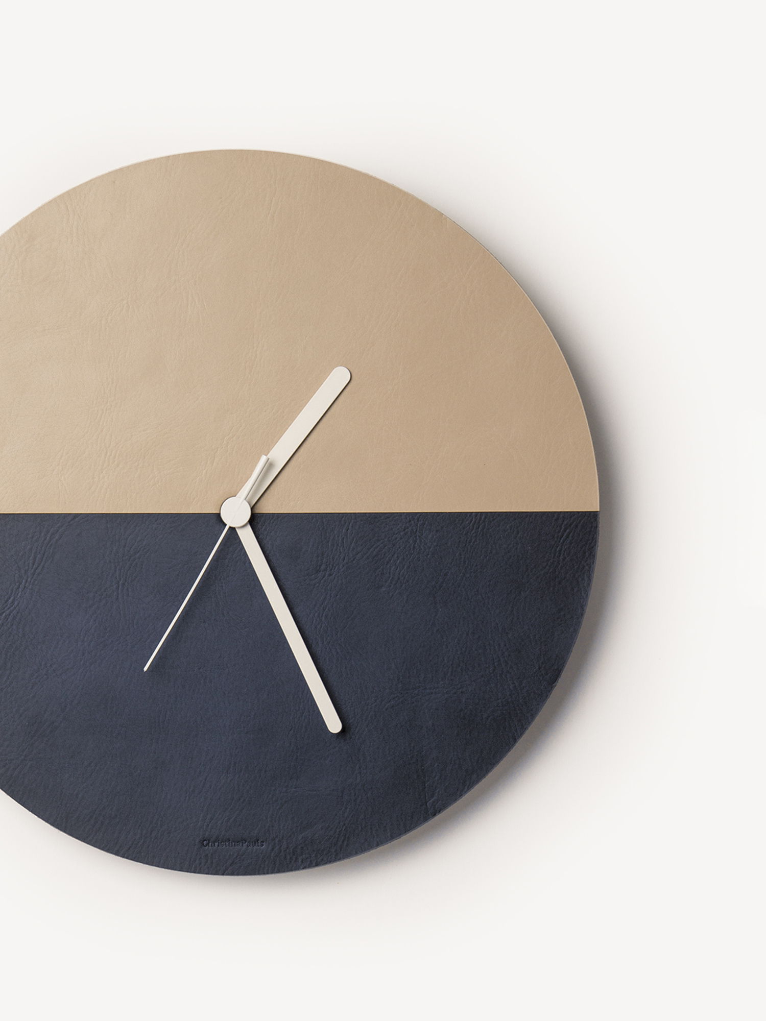 Leder-Wanduhr Kami  Leather wall clock Kami