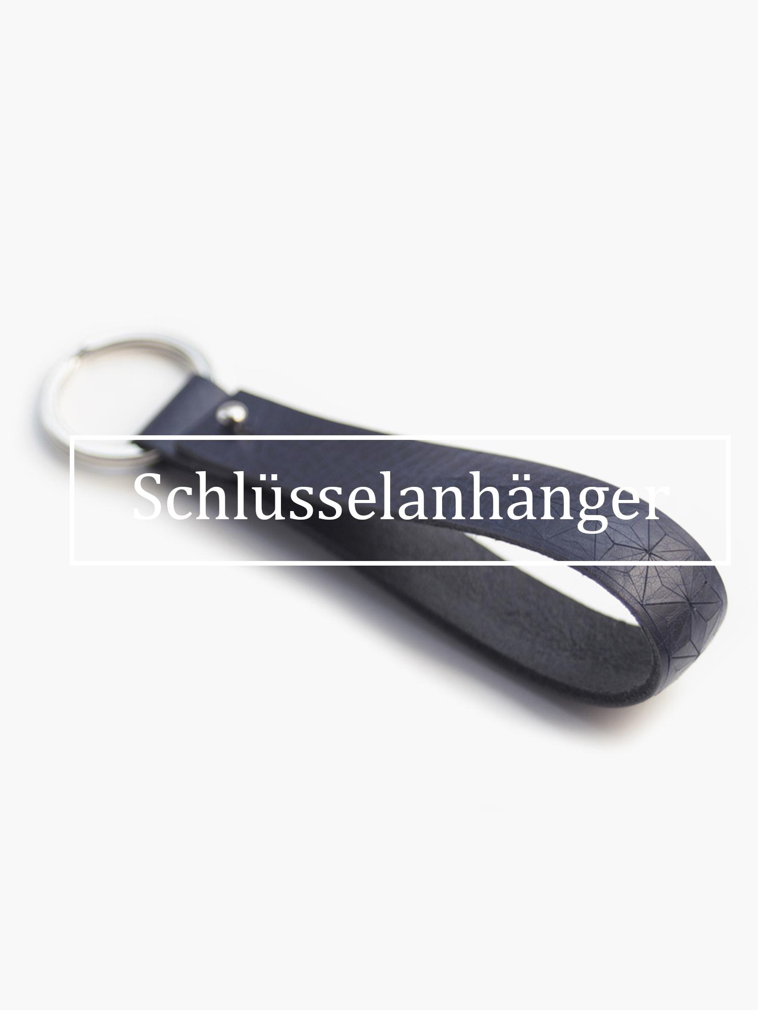 Christina-Pauls-Schluesselband-Leder-dunkelblau.jpg