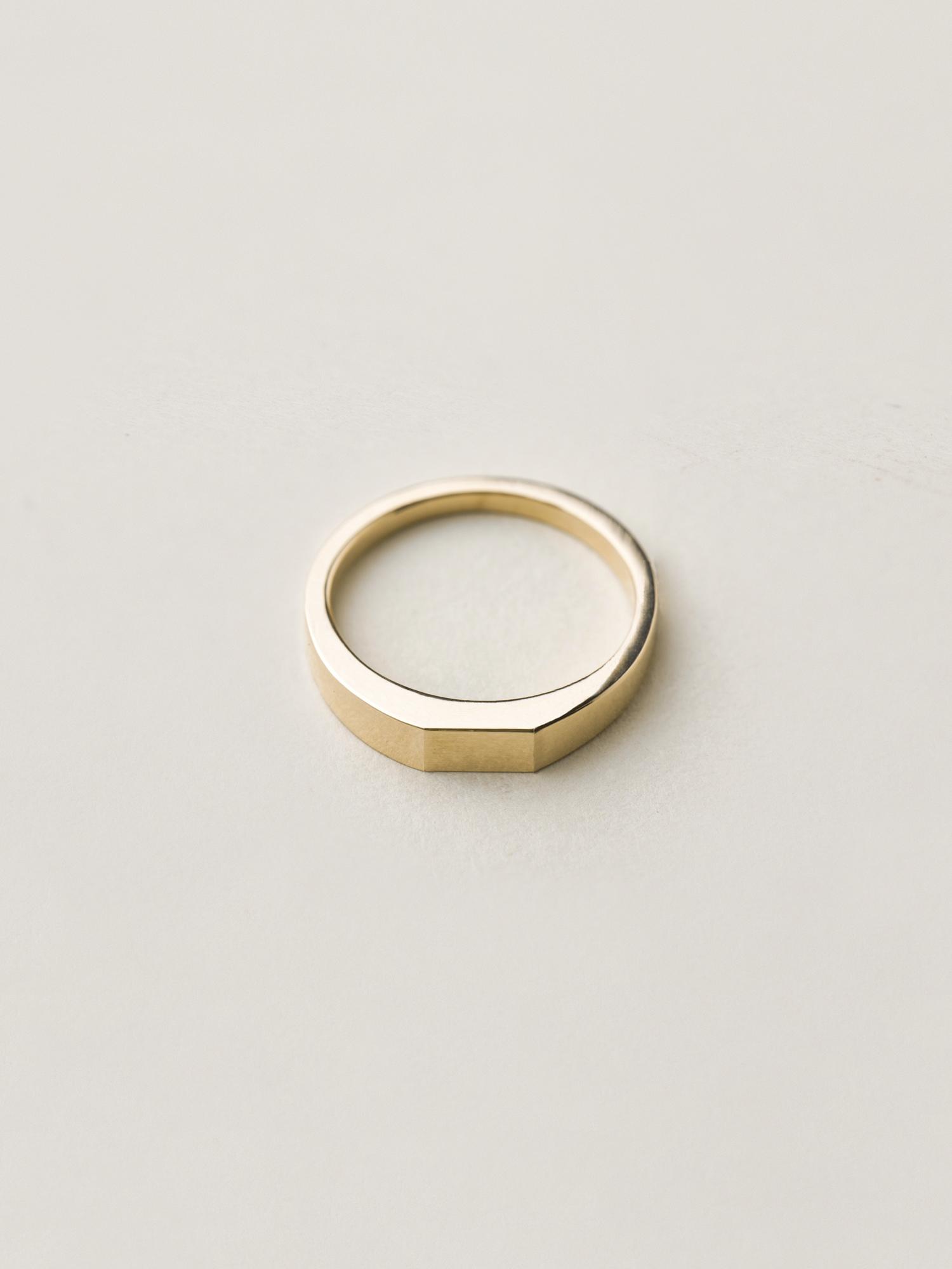 Verlobungsring-Gold-Siegelring-Christina-Pauls2.jpg