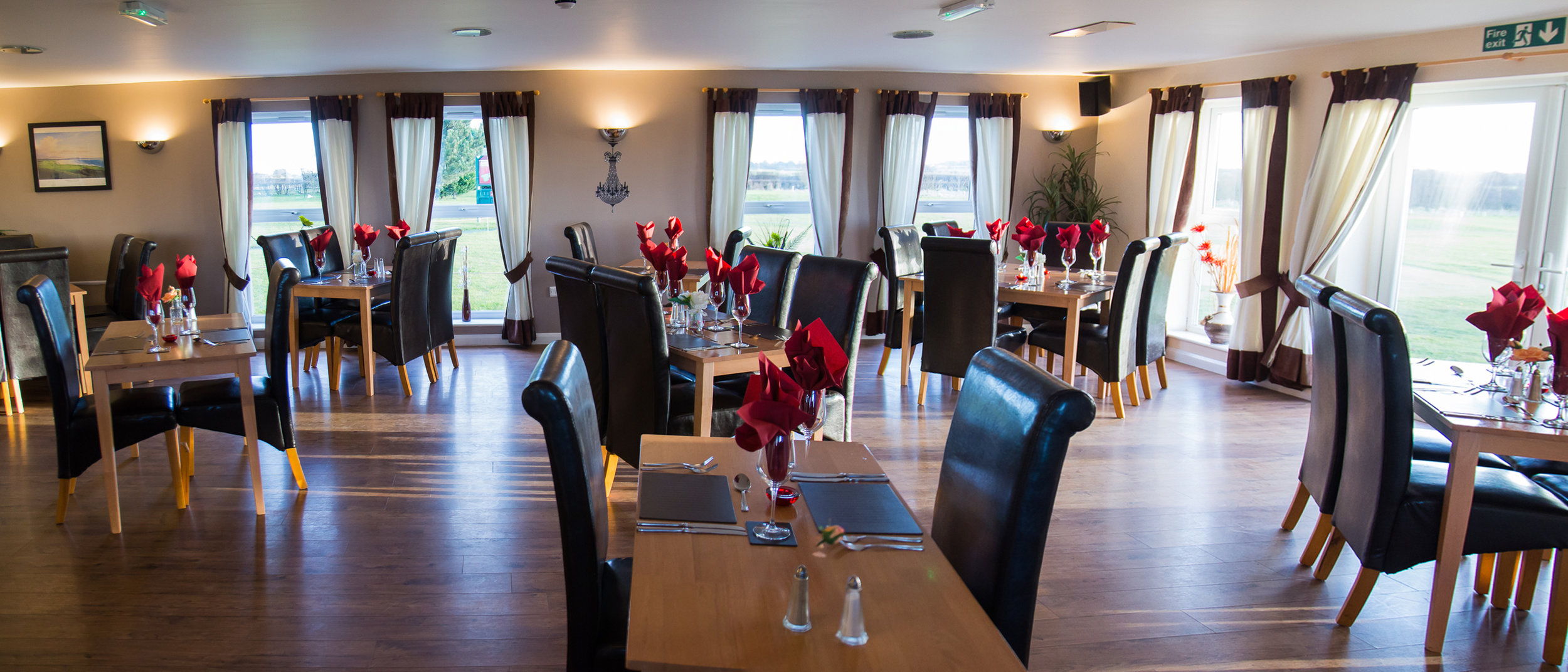 Contemporary restaurant just 10 minutes from Hull