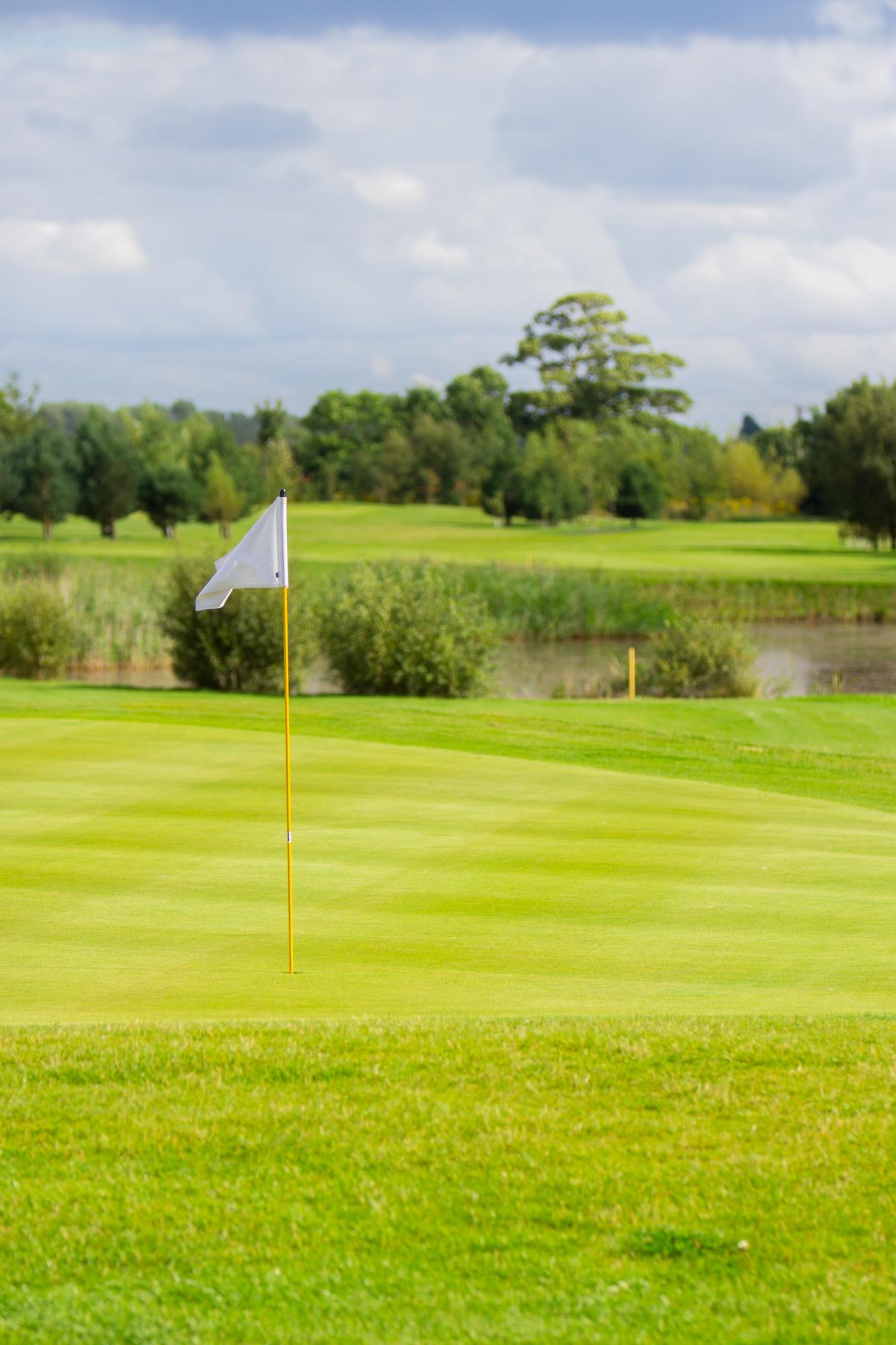 usga greens, golf course near hull