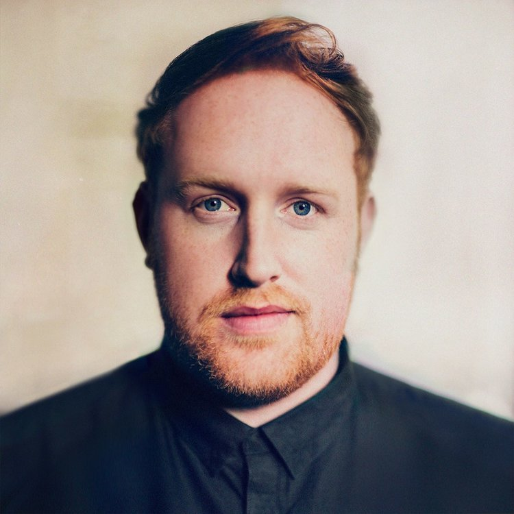 Gavin James has had a meteoric rise the fame over recent years. By the age of 21 this young artist was already a hit on the songwriting and open mic scene.
