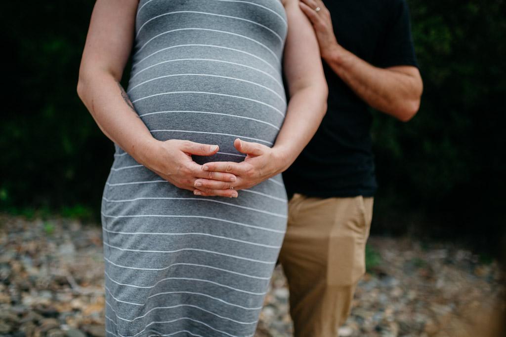 Maternity Session_AlanaTaylorPhotography-65.jpg