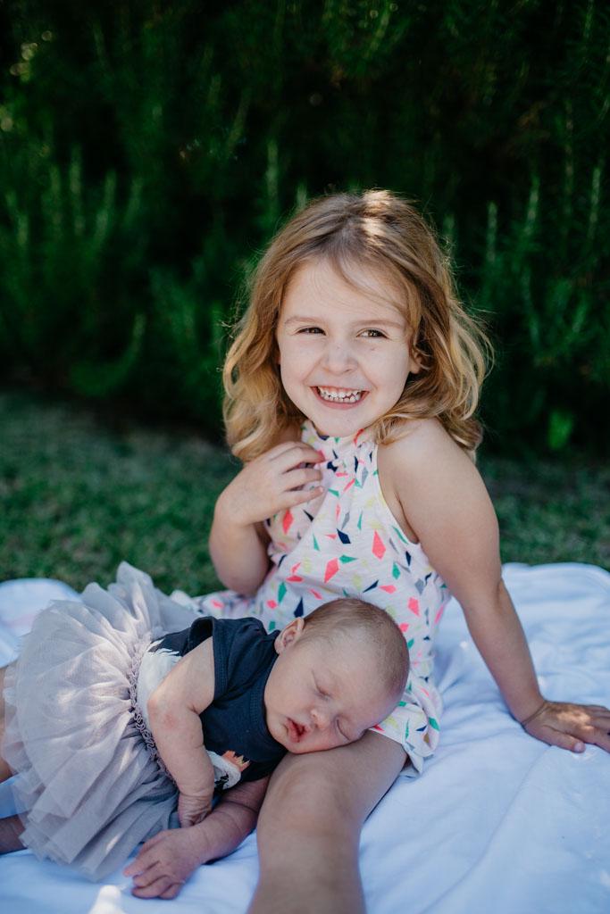 Family newborn Session-inhome_alanataylorphotography-20.jpg