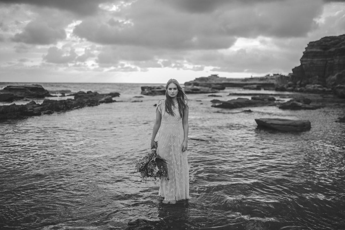 Jaimee_Bridal_Winter_Alana Taylor Photography-9.jpg